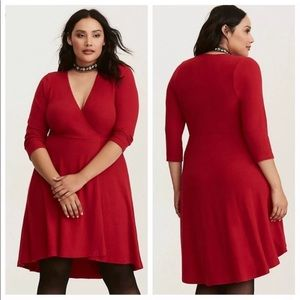 torrid | Red 3/4 Sleeve Knee Length Dress Size 0X